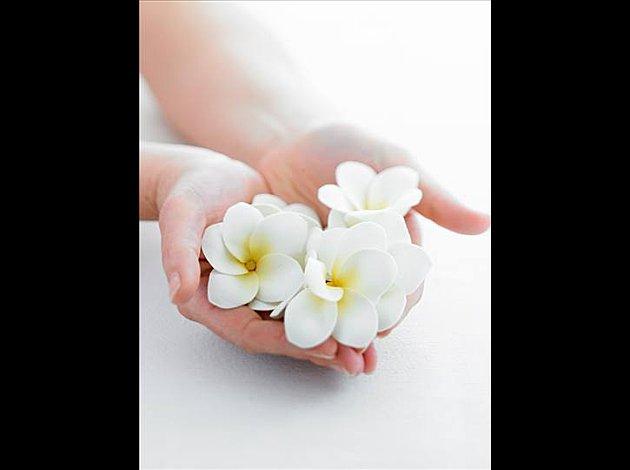 Guérison des Mains - Fleurs de Tiare